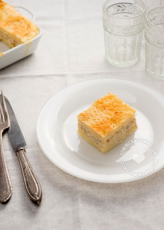 Pastelón de Yuca (Cassava and Chicken Casserole): An amazing casserole, a  creamy, cheesy chicken filling between two layers of smooth cassava.