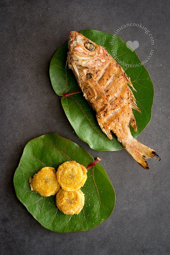 Pescado Frito Recipe (Fried Fish a la Dominicana): the kind of dish that you can order almost anywhere in the Dominican Republic (best done in coastal towns). It is an essential component of a beach day and a very popular street food.