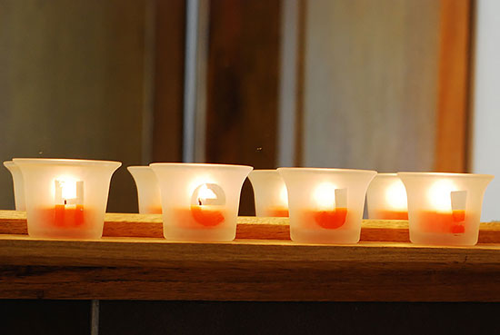 How To Acid-Etch Tea Lights - Step by Step: Let me show you how I did it, in case you decide to play with dangerous chemicals on your own.