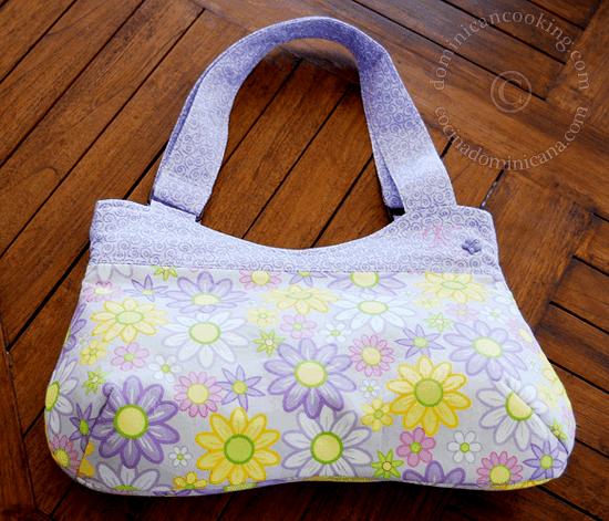 Pretty handmade handbag free pattern