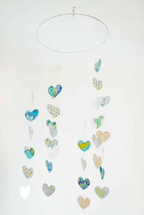 Handmade Paper Hearts: It's something so simple that it requires very little in the way of materials, and very little effort.