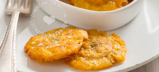 Twice-fried plantains (tostones)