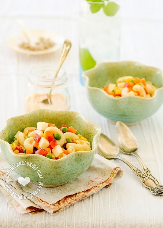 Ensalada de Coditos Recipe (Pasta Salad): Easy to prepare, and everybody´s favorite. This delicious dish is a perfect choice for BBQ or Christmas dinner.