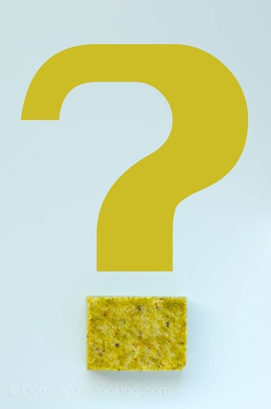 A friend of ours commented that most Dominican cooks used seasonings and sopitas / calditos (bouillon/stock cubes) in their food. Is that really so?