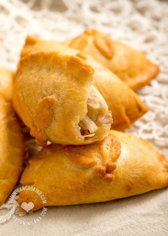 Pork and Apple Pasty - Recipe & Video: A lighter, butterless baked empanada, filled with lean pork and  apples, a sweet and savory filling that combines Christmas flavors.