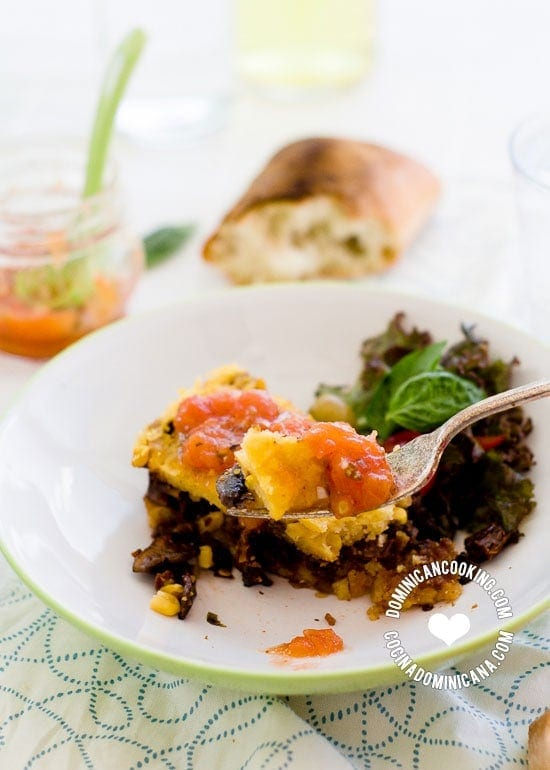 Vegan Polenta and Mushroom Casserole: This flavorful dish, full of complex flavors, perfect for weekend lunch, will please vegans and carnivorous alike
