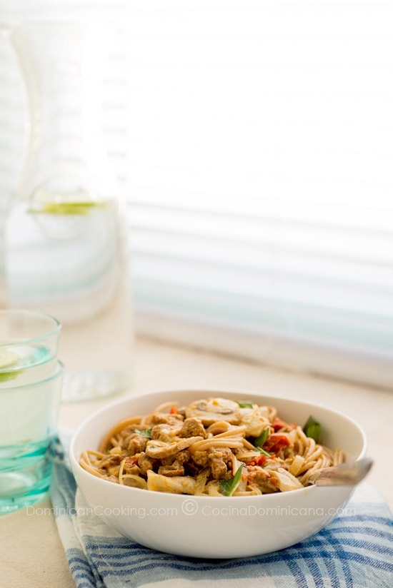Whole-wheat pasta with creamy textured soy sauce