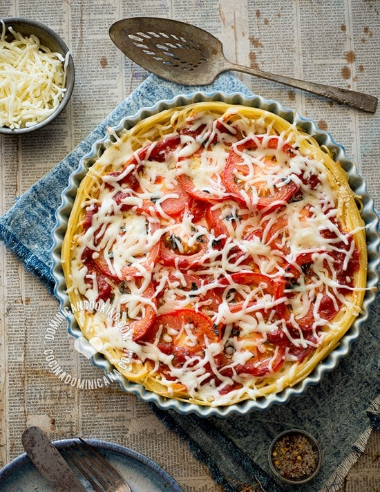 Spaghetti, Tomato and 3 Cheeses Pasta Pie Recipe