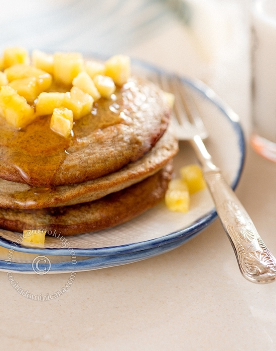 Whole Wheat, Sugar-Free Banana Pancake Recipe: one of my favorite weekend breakfasts. They are not sickly sweet, and are very quick and easy to make.