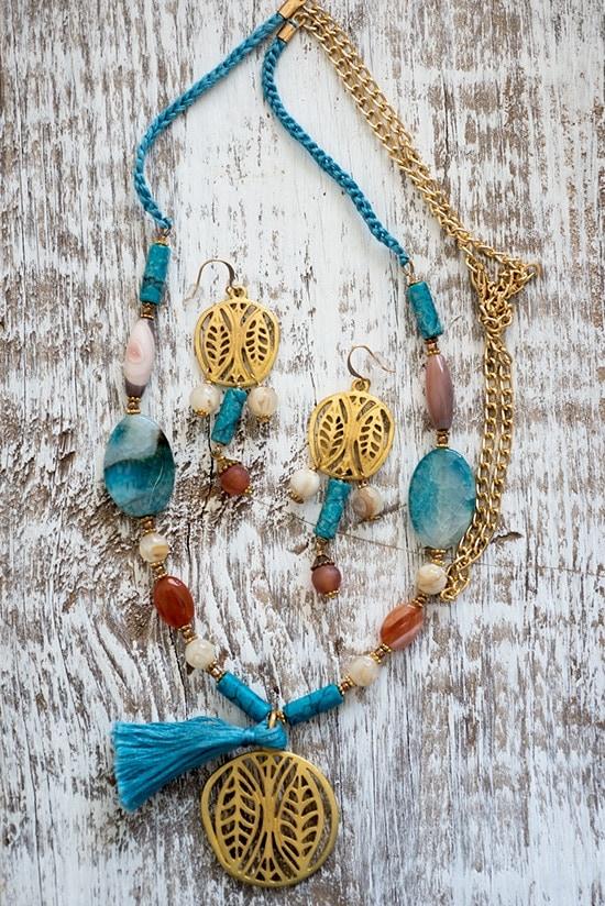 Handmade jewelry set by Iliana Prado