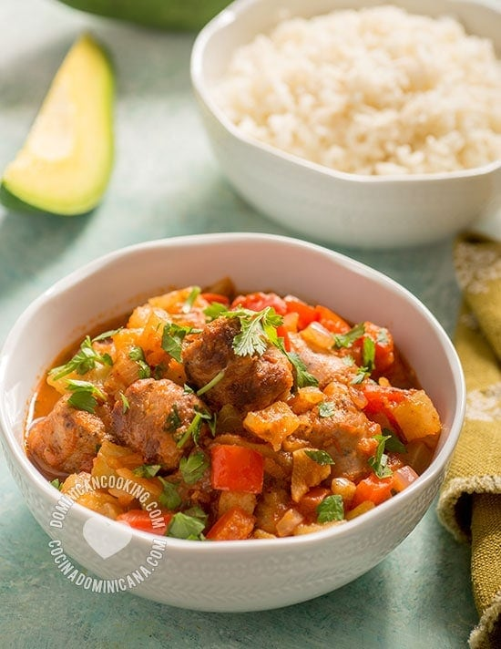 Tayota Guisada con Longaniza Recipe (Chayote w. Pork Sausage): Humble but flavorful Dominican dish, the mild tayota benefits from the flavors in longaniza.