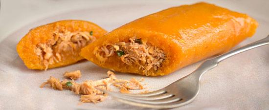 Pasteles en Hoja de Yuca (Cassava and Chicken Pockets)