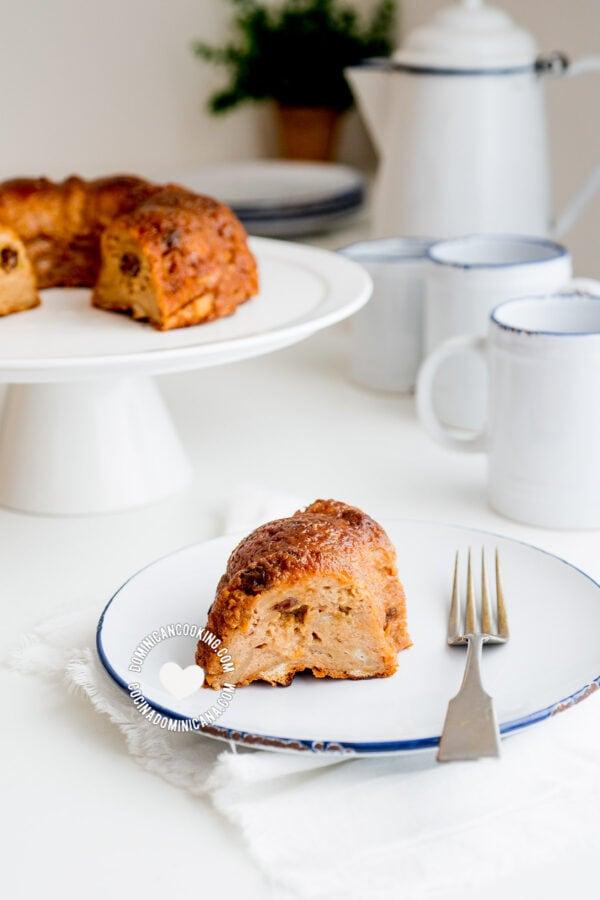 Pudín de pan (Bread pudding)