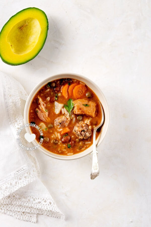 Dominican chambre (rice and beans stew)