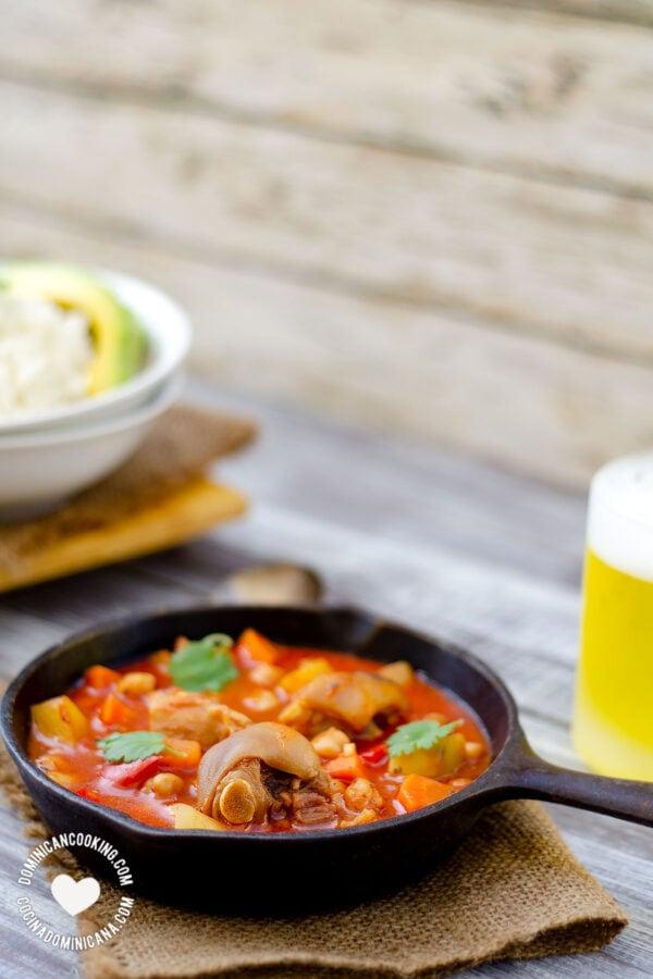 Cocido de Paticas (Pig Trotters Stew)
