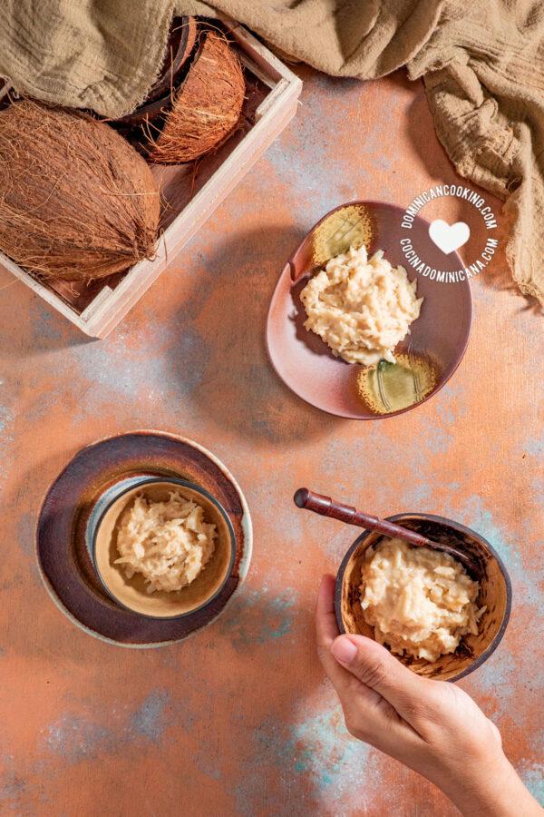 Dulce de Coco (Coconut and Milk fudge)