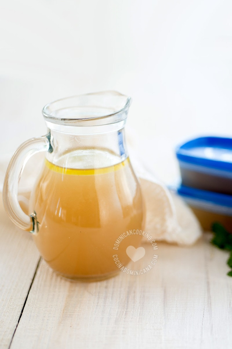 Easy Homemade Chicken Broth Recipe