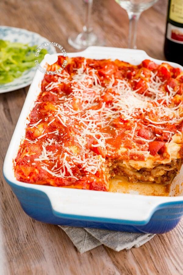 Pan with 3 Cheeses and Beef Lasagna