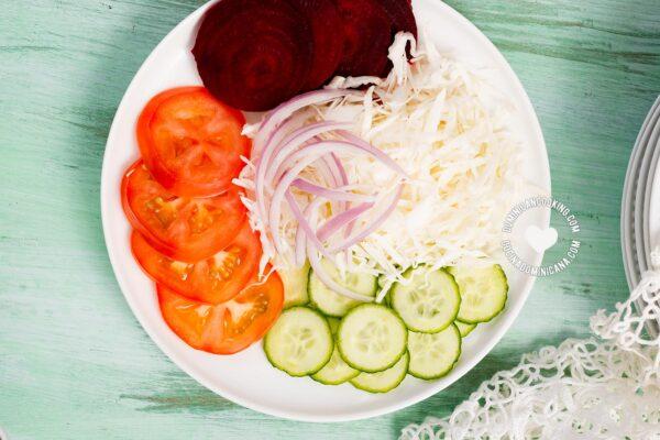 Dominican salad (ensalada verde)