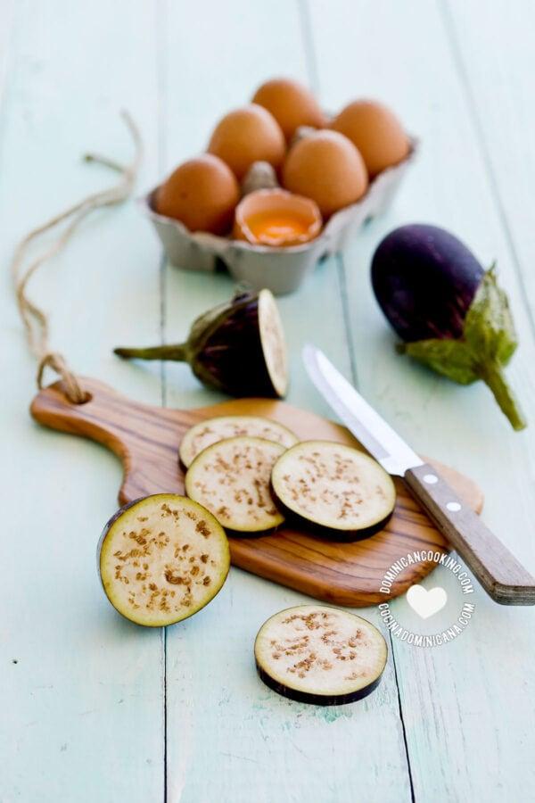 Ingredients for Torrejas de Berenjenas (Fried Eggplants)