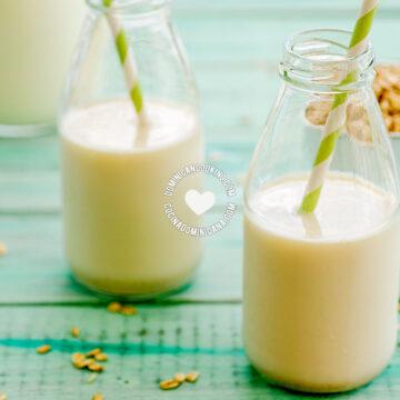 Jugo de Avena (Oatmeal and Milk Drink)