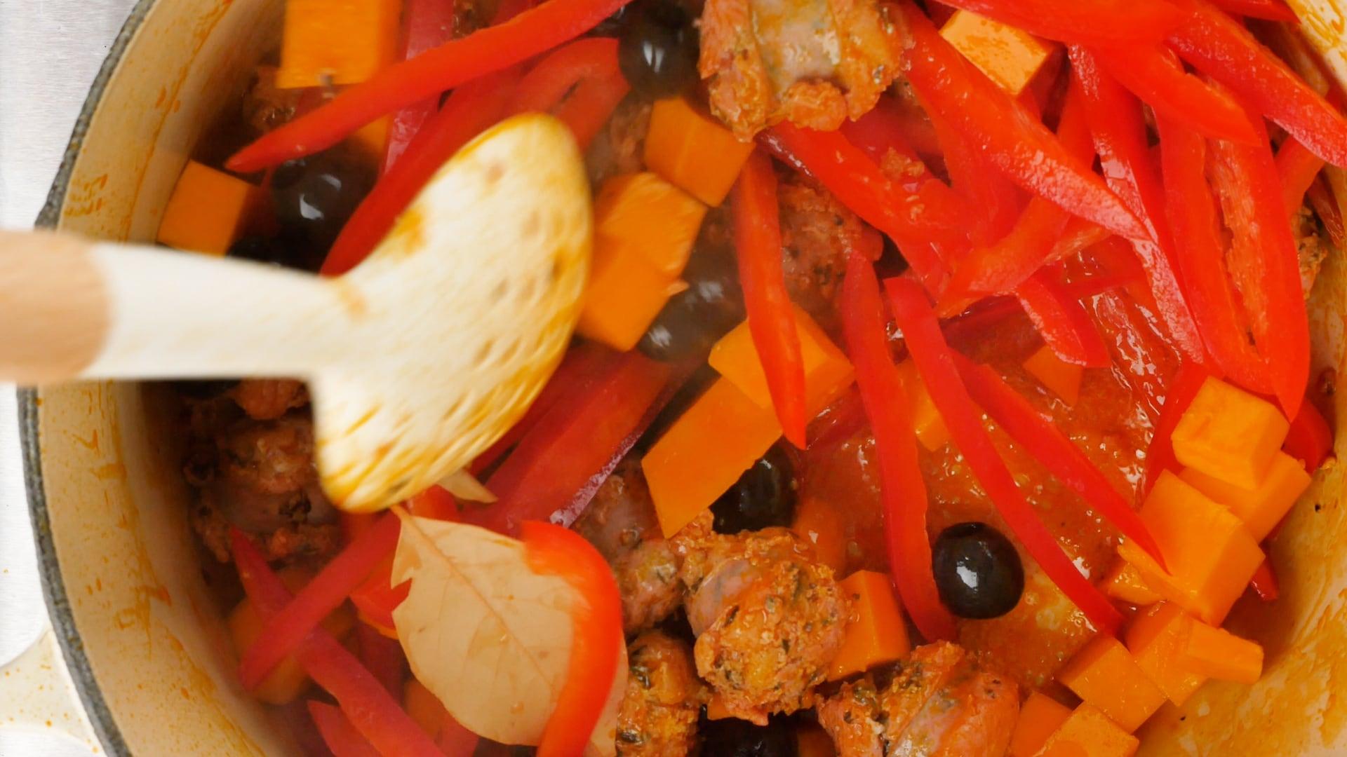 Stirring vegetables
