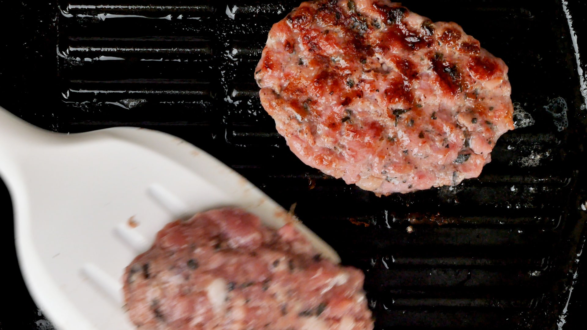 Grilling two patties