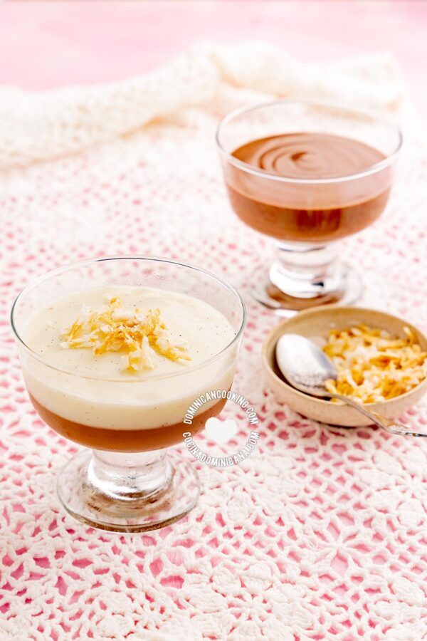 Two cups with Vanilla and Chocolate Maicena Pudding