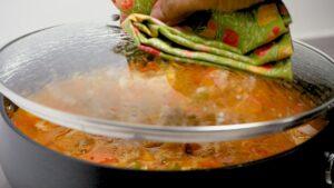 Cooking mondongo