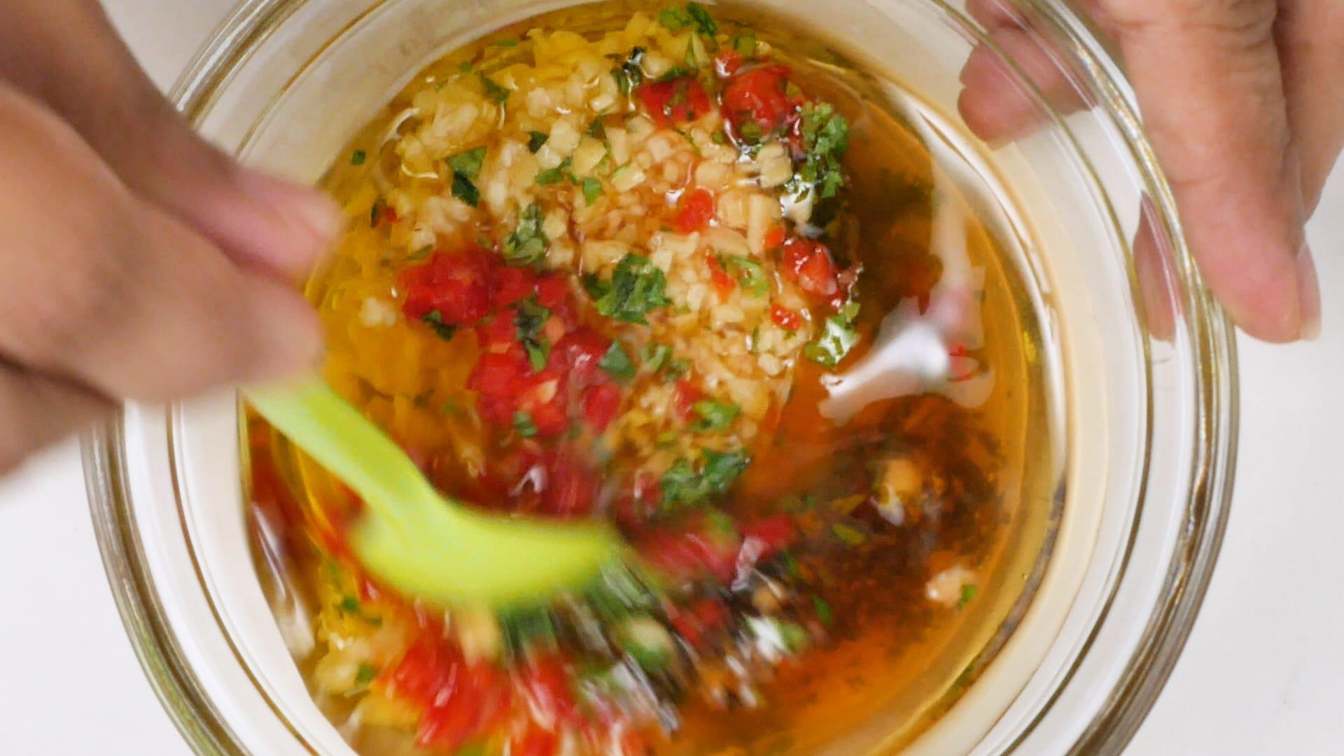 Mixing marinade