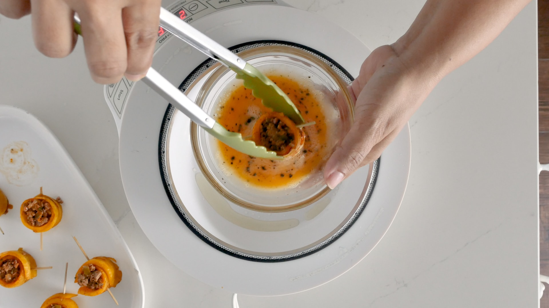 Frying pionono rolls