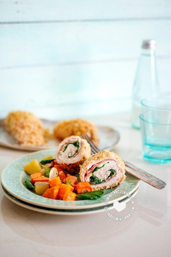 Cordon Bleu Chicken with Mushroom Sauce and vegetables