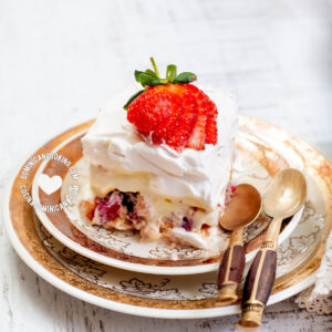 Ice cream trifle with fruits and ladyfingers