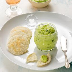 Creamy Avocado Dip with Sour Cream for Empanadas