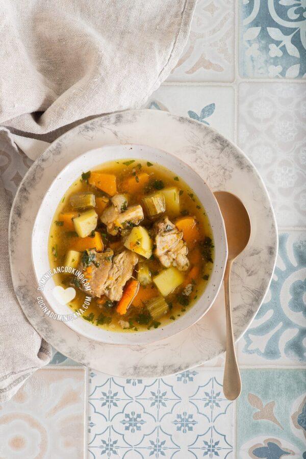 Sopa de Hueso Recipe