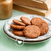 Easy Oatmeal and Almond No Sugar Cookies